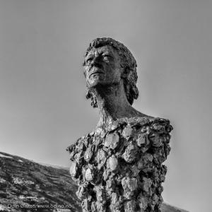 Knut Erik Jensen Monument  2005 Bronze